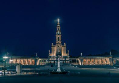 Piękna modlitwa św. Jana Pawła II: Akt poświęcenia świata Niepokalanemu Sercu Maryi